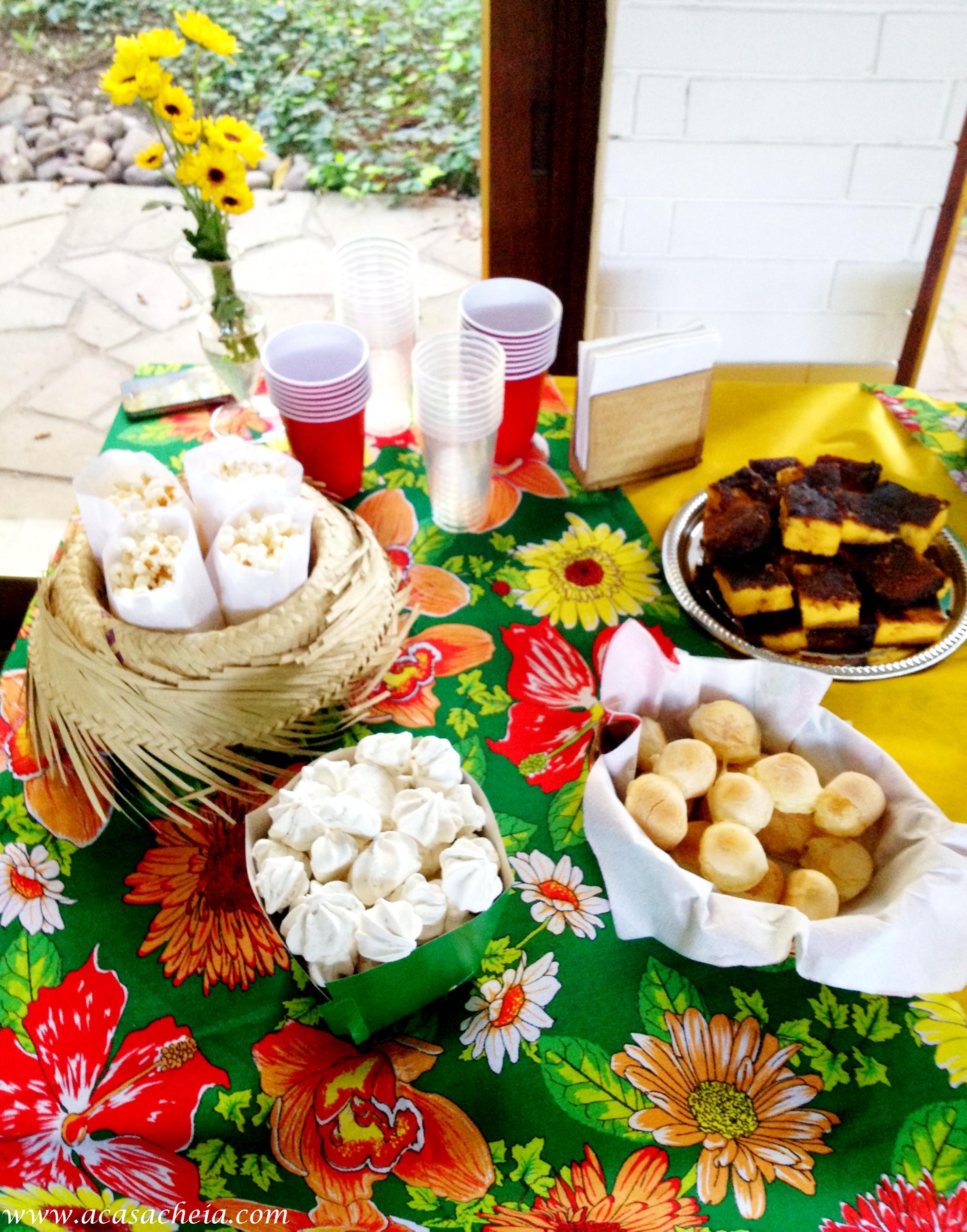 Festa Junina Mesa Simples -> Decoração De Mesa Para Festa Junina Simples