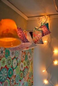 Detalhes - Luminária de copos de papel DIY