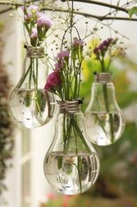 flores+lampada+a casa cheia