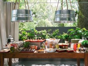 Orignal-Western-BBQ-Wedding-Shower_buffet-table2_4x3_lg