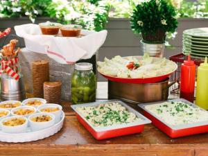Orignal-Western-BBQ-Wedding-Shower_buffet-table_4x3_lg