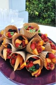 salada-de-fruta-na-casquinha