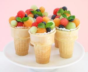 salada de fruta sorvete