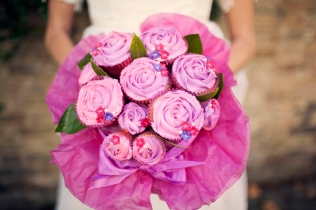 Pink-Cupcake-Bridal-Bouquet